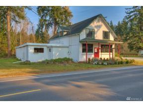 Property for sale at 24306 Roberts Dr, Black Diamond,  WA 98010
