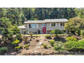 Property for sale at 32733 30th Ave SW, Federal Way,  WA 98023