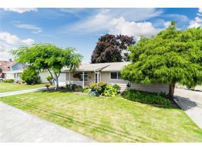 Property for sale at 1519 Mason St, Sumner,  WA 98390