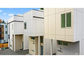 Property for sale at 5011 44th Ave NE Unit: B, Seattle,  WA 98105