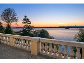 Property for sale at 3035 Perkins Lane W, Seattle,  WA 98199