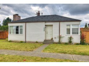 Property for sale at 504 Meade Ave, Sumner,  WA 98390