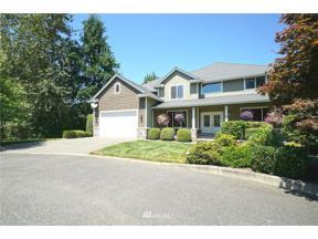 Property for sale at 1402 180 Avenue E, Lake Tapps,  WA 98391