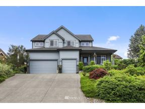 Property for sale at 21706 Quiet Water Loop E, Lake Tapps,  WA 98391