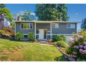 Property for sale at 8515 NE 135th St, Kirkland,  WA 98034