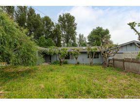 Property for sale at 7516 Riverside Dr E, Sumner,  WA 98390