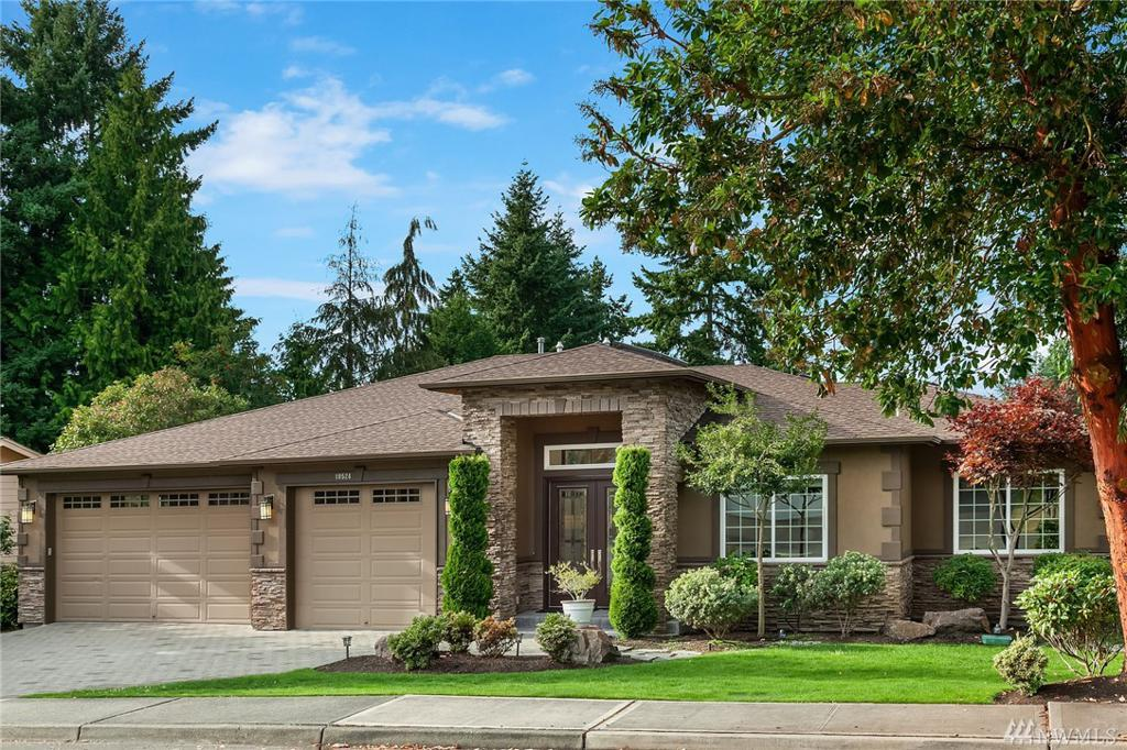 Photo of home for sale at St, Kirkland WA