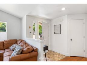Property for sale at 501 Nile Avenue NE, Renton,  WA 98059
