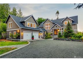 Property for sale at 8346 Grand Ave NE, Bainbridge Island,  WA 98110