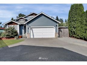 Property for sale at 18209 SE 261st Court, Covington,  WA 98042