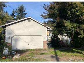 Property for sale at 1403 8th Ave, Milton,  WA 98354