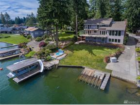 Property for sale at 3619 Deer Island Dr E, Lake Tapps,  WA 98391