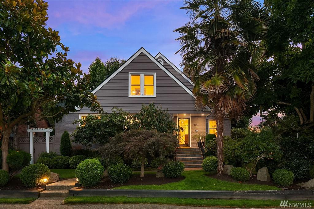 Photo of home for sale at Blvd, Seattle WA