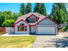 Property for sale at 98 27th Ave Ct, Milton,  WA 98354
