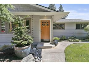 Property for sale at 3605 Lakeridge Drive E, Lake Tapps,  WA 98391
