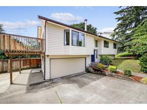 Property for sale at 4327 S 253rd St, Kent,  WA 98032