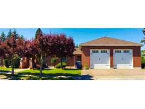 Property for sale at 608 3rd St NE, Puyallup,  WA 98372