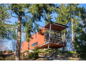Property for sale at 1577 Parkview Dr NE, Bainbridge Island,  WA 98110