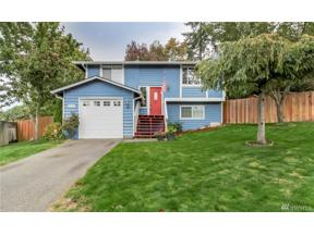 Property for sale at 2626 SW 351st St, Federal Way,  WA 98023