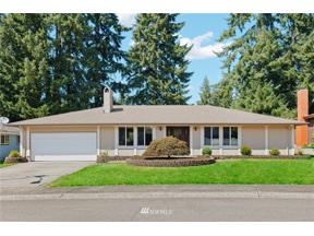 Property for sale at 32117 33rd Avenue SW, Federal Way,  WA 98023