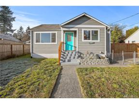 Property for sale at 741 S Charleston Ave, Bremerton,  WA 98312