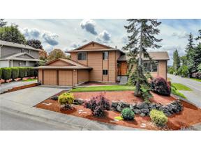 Property for sale at 903 S 261st Place, Des Moines,  WA 98198