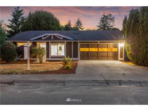 Property for sale at 32211 16th Avenue SW, Federal Way,  WA 98023
