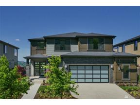 Property for sale at 813 Cedar Ave S, Renton,  WA 98057