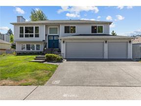 Property for sale at 22511 126th Avenue SE, Kent,  WA 98031