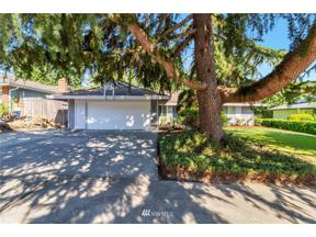 Property for sale at 3608 SW 328th Street, Federal Way,  WA 98023