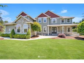 Property for sale at 818 195th Avenue E, Lake Tapps,  WA 98391
