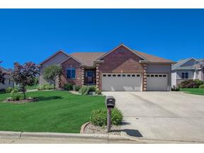 Property for sale at 913 Lindsay Ct, Cottage Grove,  Wisconsin 53527