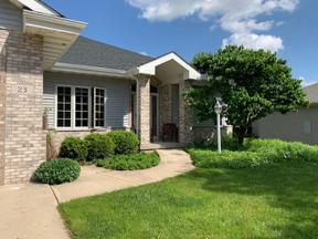 Property for sale at 23 Foxglove Cir, Madison,  Wisconsin 53717