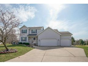 Property for sale at 3265 Kings Forest Ct, Sun Prairie,  Wisconsin 53590