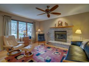 Property for sale at 1921 Buckingham Rd, Stoughton,  Wisconsin 53589