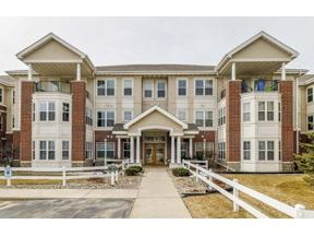Property for sale at 8530 Greenway Blvd Unit 101, Middleton,  Wisconsin 53562