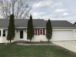 Property for sale at 909 Castle Dr, Sun Prairie,  Wisconsin 53590