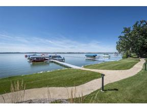 Property for sale at 5604 Lake Edge Rd Unit 102, McFarland,  Wisconsin 53558