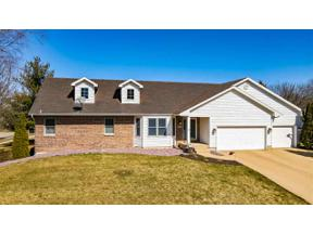 Property for sale at 1696 Chadsworth Dr, Sun Prairie,  Wisconsin 53590