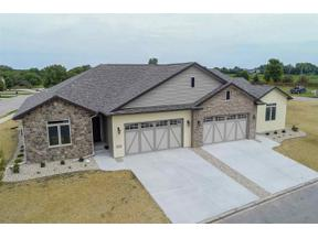 Property for sale at 6888 Tuscan Ridge Cir, Deforest,  Wisconsin 53532