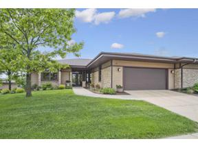 Property for sale at 26 Hawks Landing Cir, Madison,  Wisconsin 53593