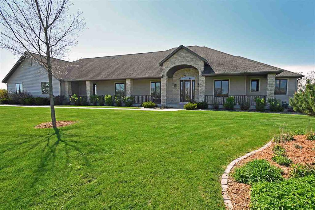 6085 Purcell Rd Oregon WI 53575