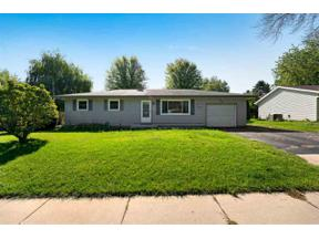 Property for sale at 1001 Kriedeman Dr, Stoughton,  Wisconsin 53589