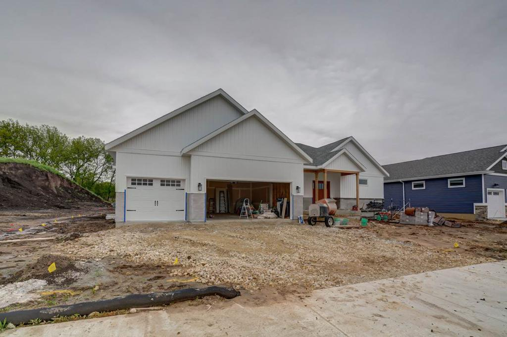 3019 Red Hawk Tr Cottage Grove WI 53527