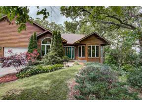 Property for sale at 66 White Oaks Ln, Madison,  Wisconsin 53711