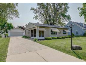 Property for sale at 203 Westlawn Ave, Verona,  Wisconsin 53593