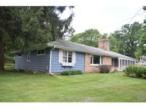 Property for sale at 904 Schultz Pl, Monona,  Wisconsin 53716