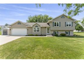 Property for sale at 671 Grandview Dr, Sun Prairie,  Wisconsin 53590