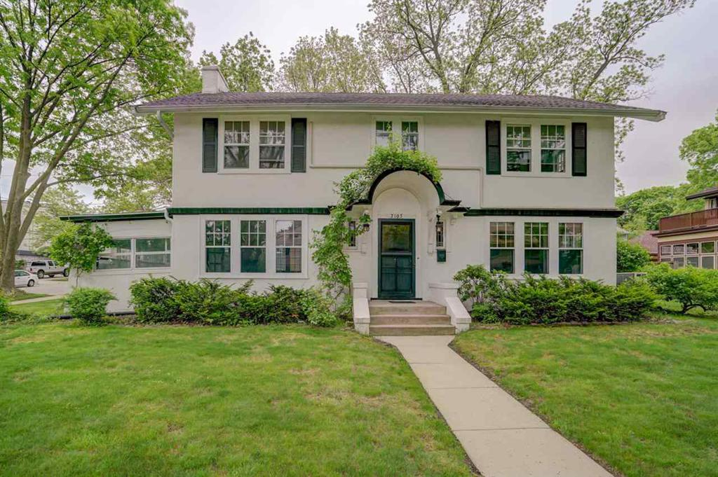 For Sale By Owner Madison Wi >> 2105 West Lawn Ave Madison Wi