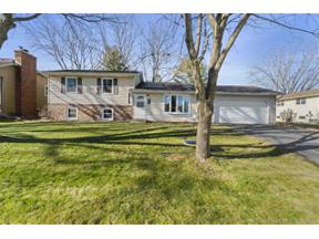Property for sale at 805 Winston Way, Waunakee,  Wisconsin 53597
